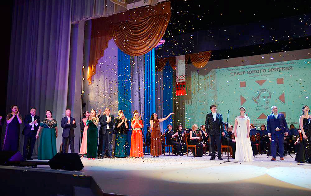 Сцена в Театре юного зрителя имени Сеспеля Чебоксары